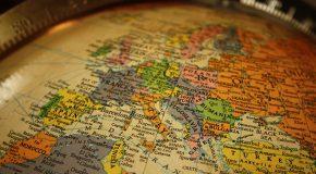 ZBIGNIEW BRZEZINSKI'DEN 'JEOSTRATEJİK ÜÇLÜ: ÇİN, AVRUPA VE RUSYA İLE YAŞAMAK'
