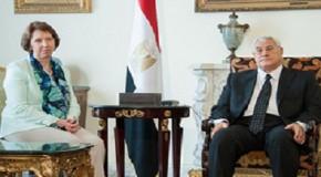 AB YETKİLİSİ ASHTON MISIR'DA MURSİ'YLE GÖRÜŞTÜ