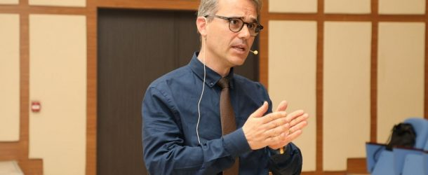 PROF. DR. TARIK OĞUZLU İLE TÜRKİYE-BİRLEŞİK KRALLIK İLİŞKİLERİ VE BREXİT SÜRECİ ÜZERİNE MÜLAKAT