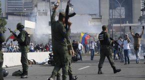 LATİN AMERİKA'DA ZOR GÜNLER: VENEZUELA'DA DARBE GİRİŞİMİ